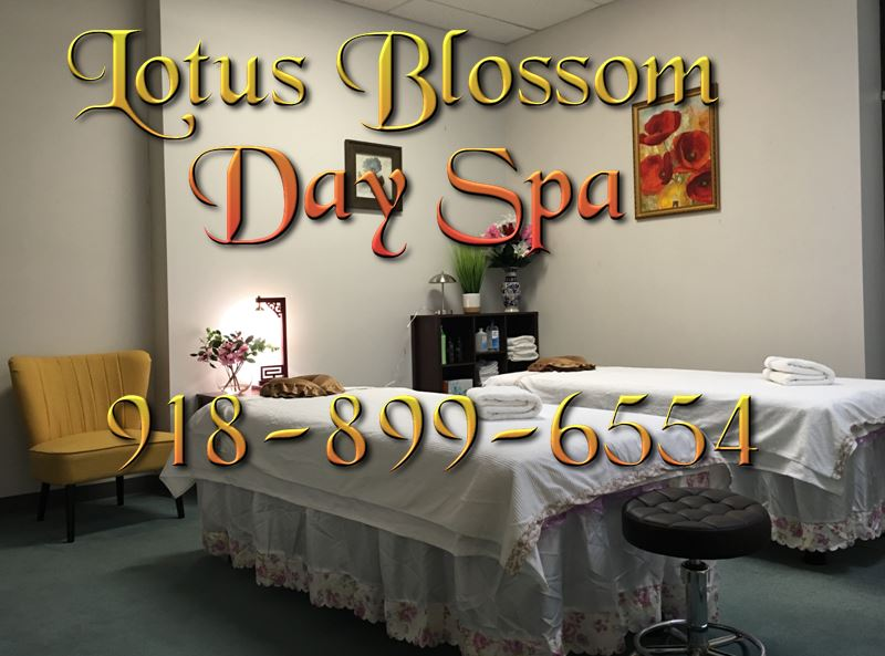 Couples rooms, bring your loved one for an amazing asian massage